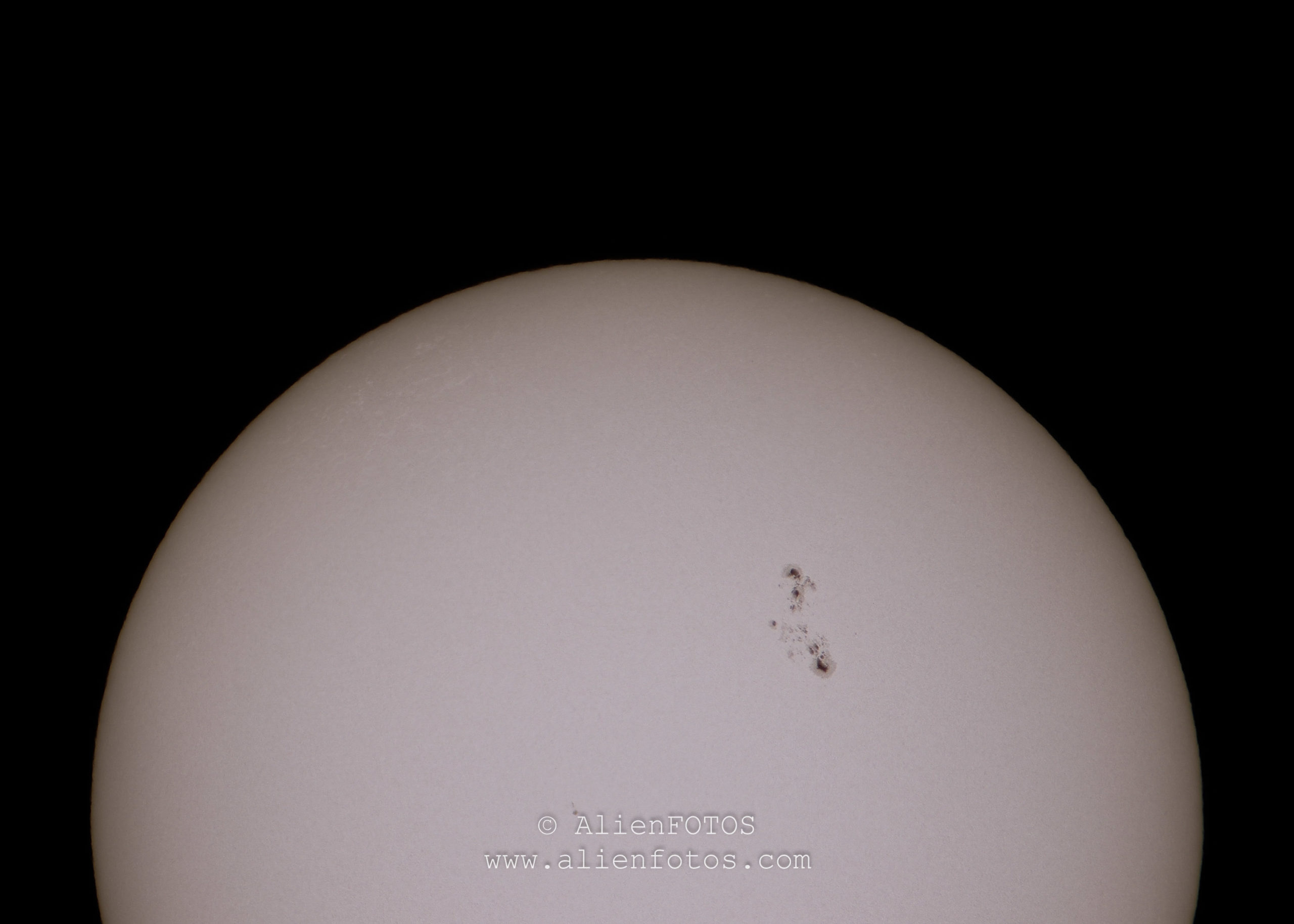 Sun 5919 (Sun with sunspots)